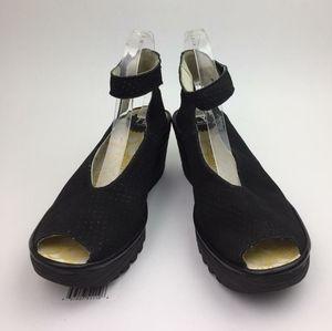 FLY LONDON  Yala' Perforated Leather Sandal sz 10